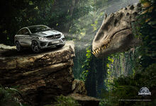 Jurassic-world-indominous-rex-mercedes
