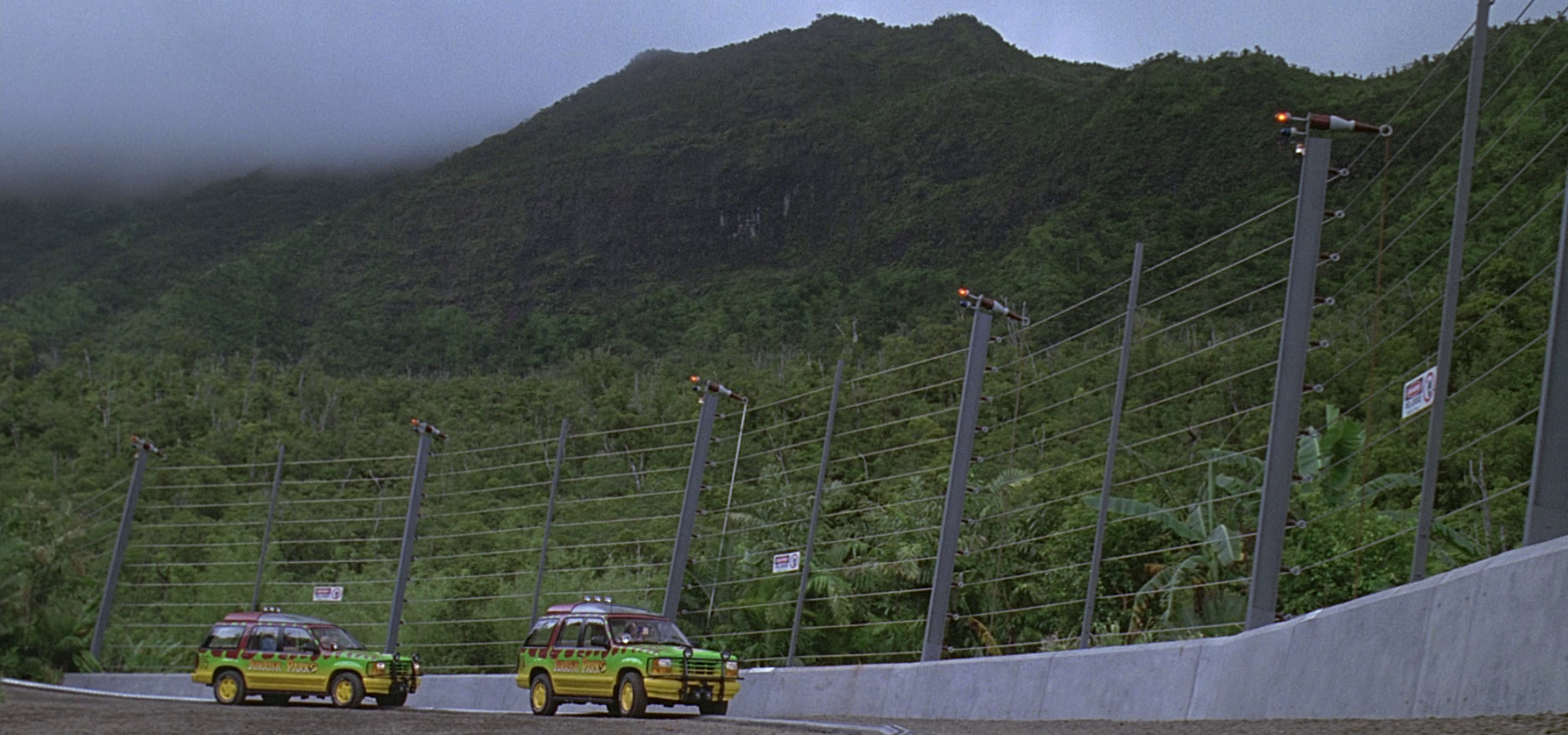 Electric Fence | Jurassic Park wiki | FANDOM powered by Wikia