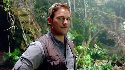 Chris Pratt's Jurassic World Journals Stunts (HD)