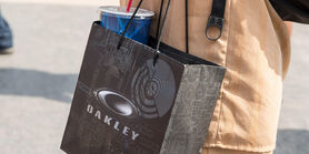 Oakley-gift-bag