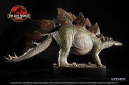 Stegosaurus-statue-07.1498540573