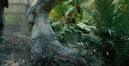 Jurassic-world-super-bowl-trailer-screenshot-indominus-rex-foot