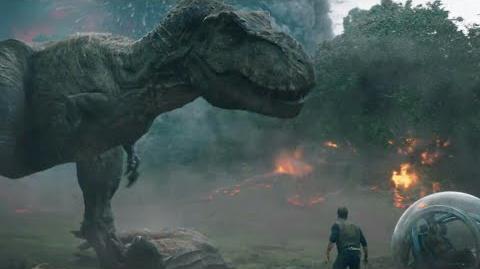 Jurassic World 2 Volcano Eruption & Dinosaurs Fight