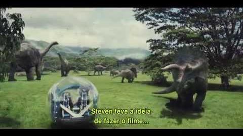 Jurassic World - Look Inside