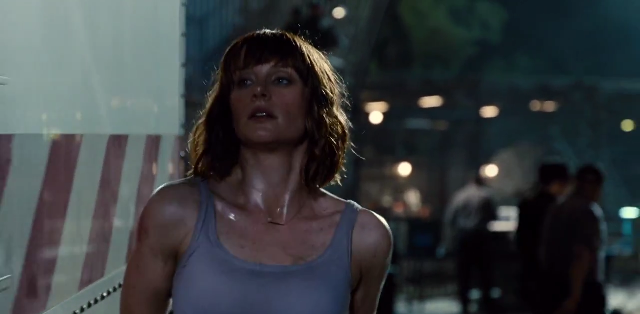 Image - Claire removes coat 2.png | Jurassic Park wiki ...