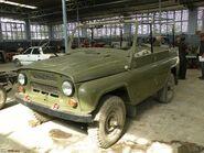 UAZ-469 12