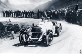 Mercedes SSK (left front corner)