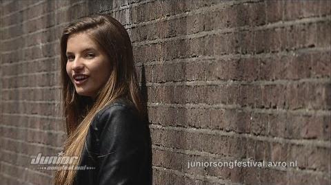 Julia - Around Officiële Videoclip Junior Songfestival 2014