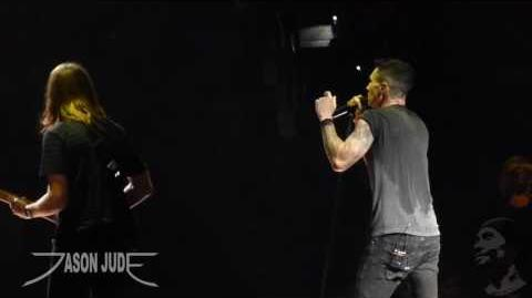 Maroon 5 - Don't Want To Know (New Song) HD LIVE San Antonio 9 3 16