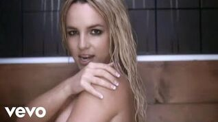 Britney Spears - Womanizer (Director's Cut) Official Music Video