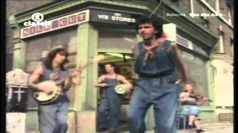 Dexys Midnight Runners - Come On Eileen (Official Music Video)