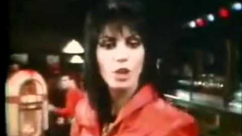 Joan Jett and the Blackhearts - I Love Rock'n Roll (Official Music Video)