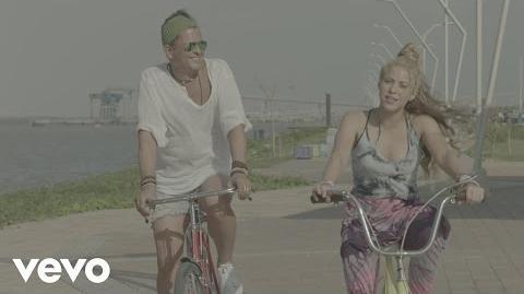 Carlos Vives, Shakira - La Bicicleta (Official Video)