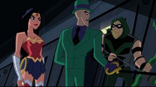 Riddler calls the shots for the Justice League.