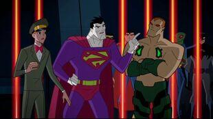 Bizarro shows bravado to Amazo, captor of the Justice League-o.