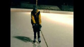 """Justin Bieber dancing to French Montana's """"Ain't Worried About Nothin"""""""