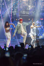 Justin Bieber dancing with background dancers Purpose Tour