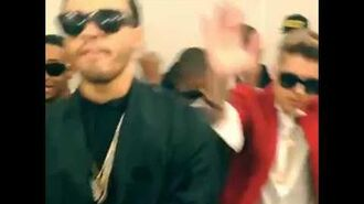 Justin Bieber dances with his crew and friends