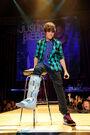 Justin singing at MEN Arena, 24 November 2009