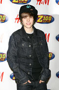 Justin Bieber Z100 Jingle Ball 2009 red carpet