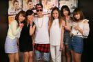 Bieber meeting fans at V2 TOKYO 2014