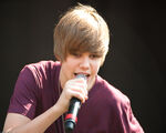 Justin performing at Easter Egg Roll April 5, 2010