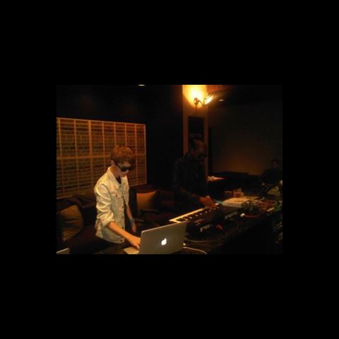 Justin Bieber and Kanye making beats at Chalice Recording Studio