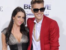 Justin-bieber-pattie-mallette-parent