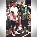 Justin Bieber & Lil Za at basketball game