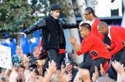 VMA's 2010 Justin Bieber dancing