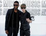 Justin Bieber and Usher at MTV VMA's 2010