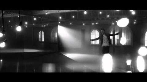 Justin Bieber - Fa La La ft. Boyz II Men
