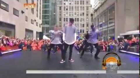 Justin bieber - boyfriend (Live on Today Show 2015)