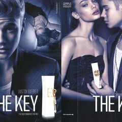 The Key 2013 US (Macy's stores) recto-verso with scented strip