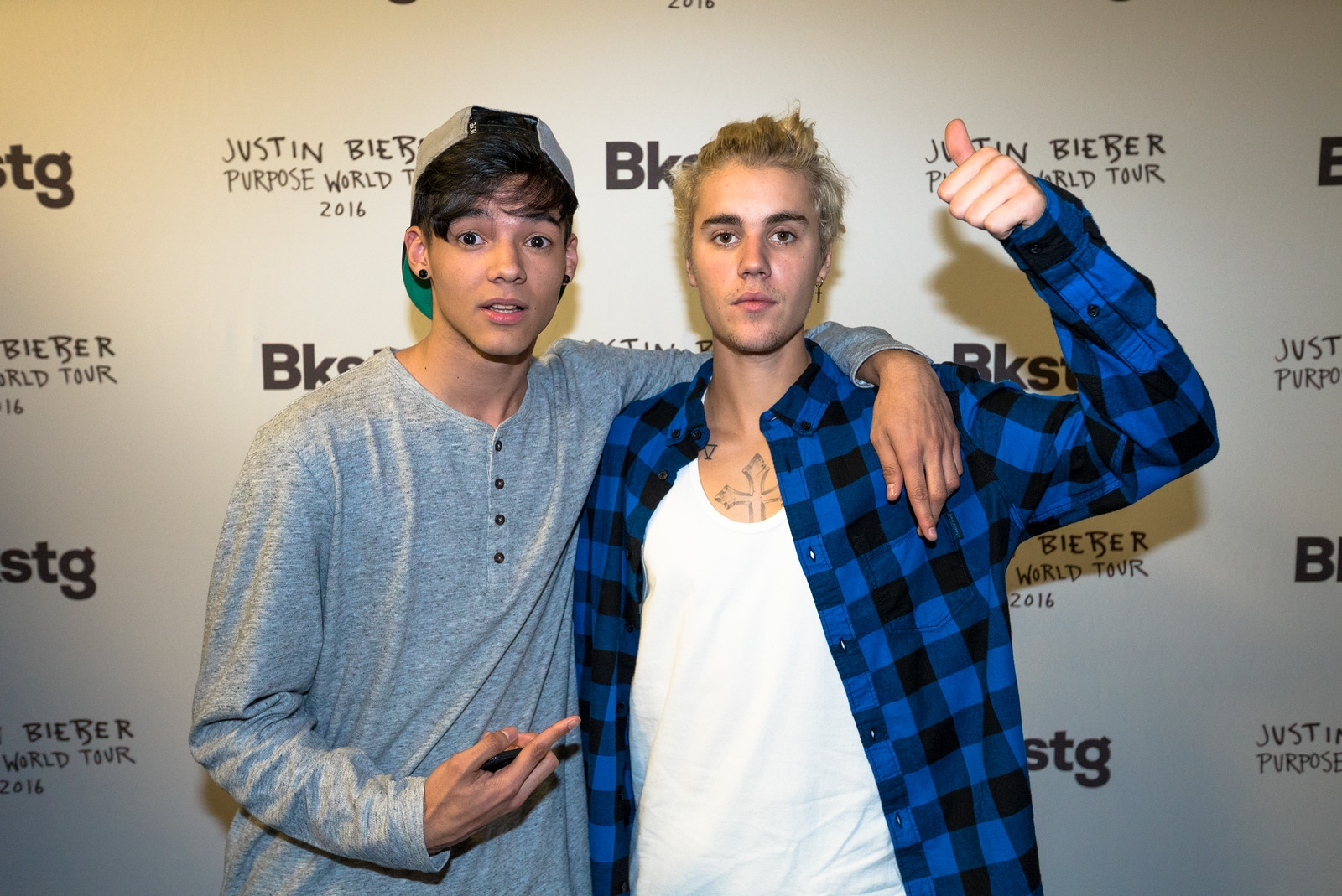 Image justin bieber sacramento purpose tour meet greetg justin bieber sacramento purpose tour meet greetg m4hsunfo
