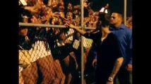 Justin Bieber goes to his fans in Chicago