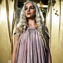 Daenerys-targaryen-game-of-thrones-20625672-500-333 288x288