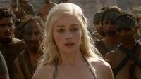 Daenerys-Targaryen-game-of-thrones-20154254-1280-720