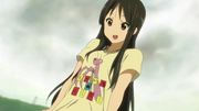 Mio wearing her KAMAKIRI shirt