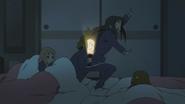Ritsu scaring Mio