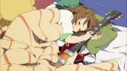 Yui sleeping with Giita