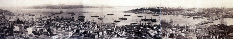 800px-Constantinople Panoramic Normalised