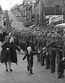 File:Canadian Troops on Parade.jpg