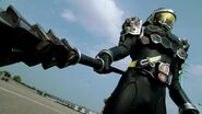 KR Gaim 5 - Kurokage's Debut