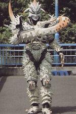 Kabuto-vi-ucaworm