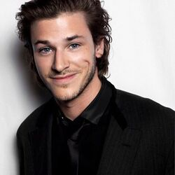 GaspardUlliel as GilbertCarrel