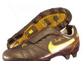 Nike® Tiempo FG Ronaldinho edition