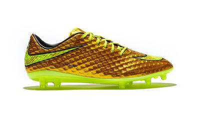 Nike-hypervenom-gold-img1