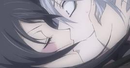 Nanami besa a Tomoe (01x01)