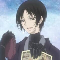 Chico misterioso comprando una máscara a Mizuki.